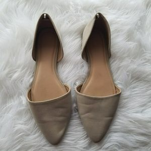 Old Navy nude pointed toe flats